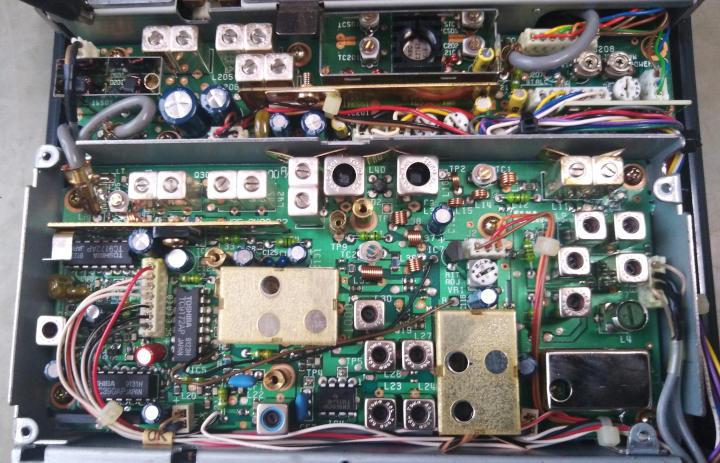 http://elektrotest.cz/files/images/ham/pll.jpg